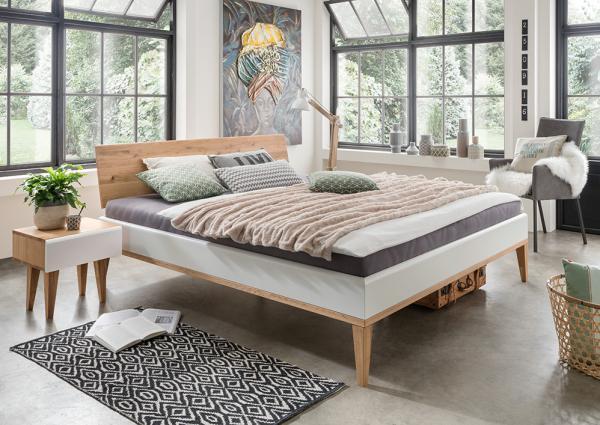 Massief Houten Bed 140x200.Massief Houten Bed Metta 140 X 200 Cm Wild Eiken Met Wit